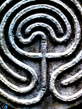 cross in celtic knot
