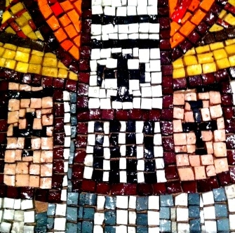 3 cross mosaic sq